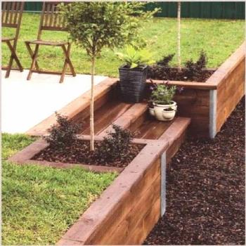 Backyard fence slope retaining walls 67 ideas Backyard fence slope retaining walls 67 ideas