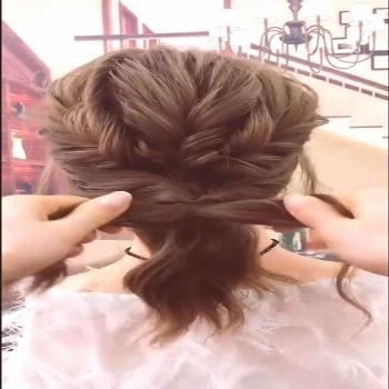 Cute & Easy Hairstyle Try this awesome hairstyle, it won't waste your time!