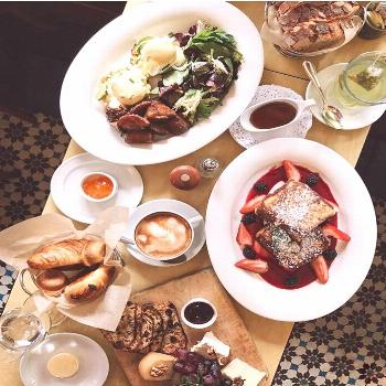 Ready to take on the most-visited park in New York City? Fuel up at one of these nearby brunch and