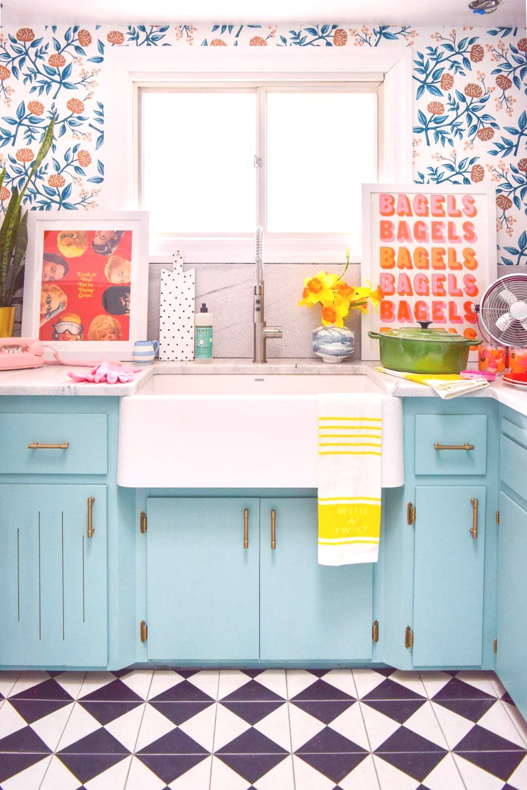 Choosing a Retro Sink - Each Of Us Has Different Needs And Material Means ... - -