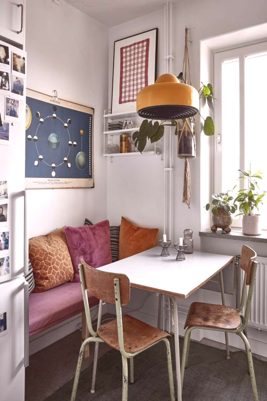 Cozy Textures In A Vintage Apartment in Stockholm | Vintage apartment, Retro apartment, Retro home