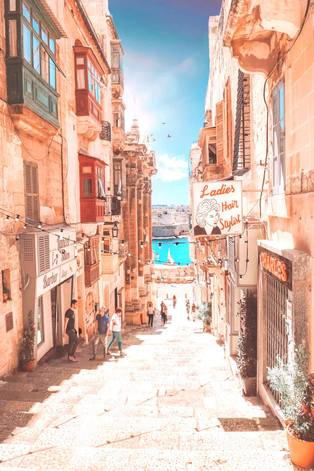 Malta Planning a day trip to Valletta? Click here for more info on things to do in Valletta, Malta,