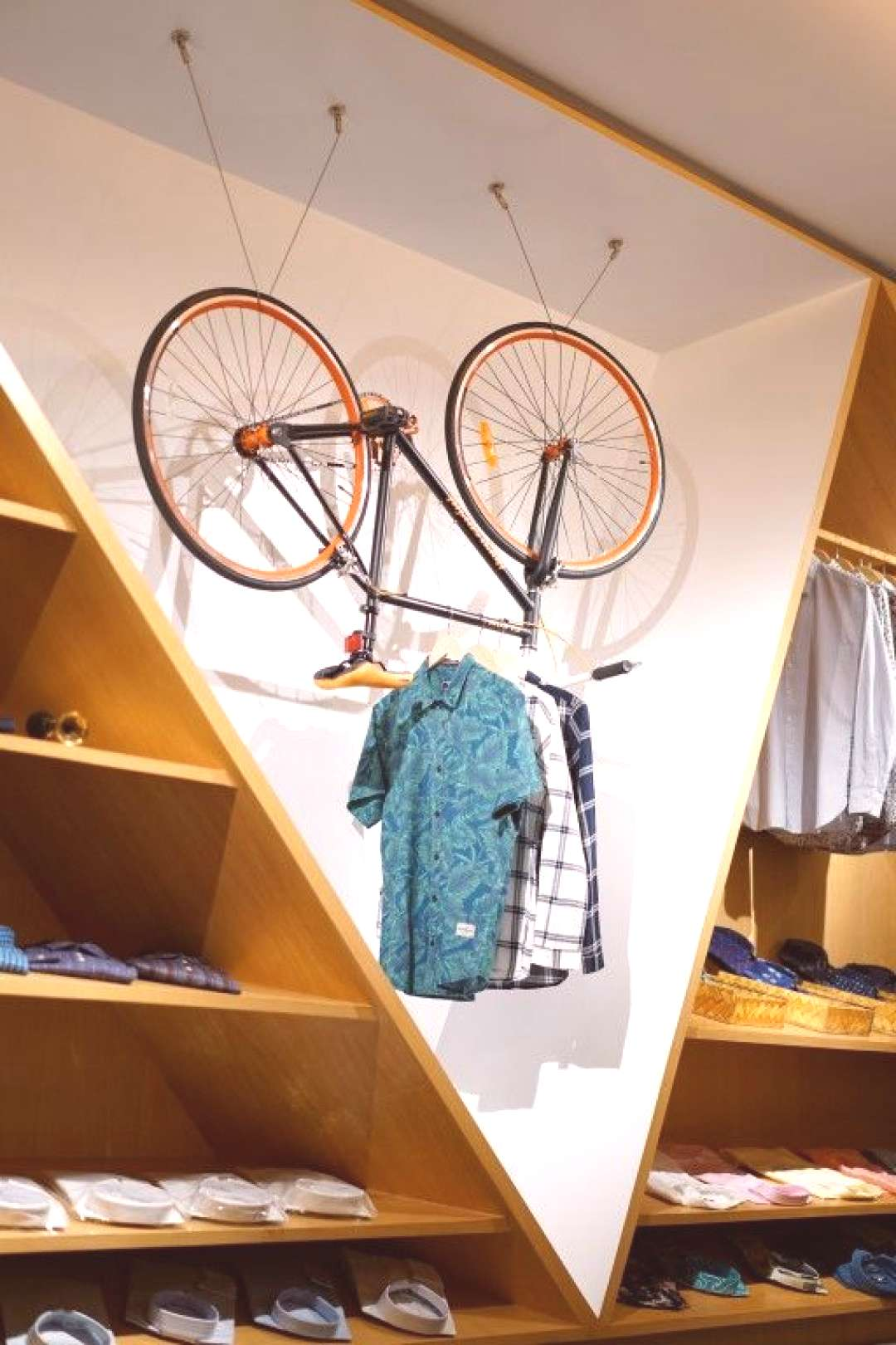 retail colthing store design ideas