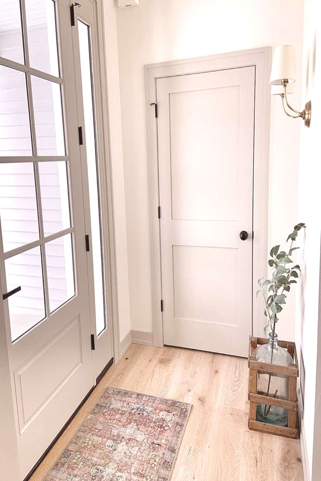 Revere Pewter Trim and Doors White Dove Walls Light Floors Revere Pewter Trim and Doors White Dove