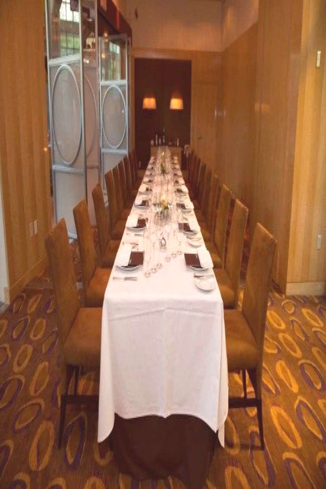 Ultimate Vegas Wedding Venue Guide Restaurants for Small Receptions (Part Two South Strip) » Lit